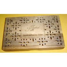 木盒激光雕花冲孔