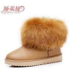 娅莱娅 冬款白色狐狸毛雪地靴