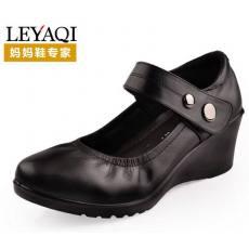 厂家直销护士鞋2013新款真皮坡跟单鞋舒适妈妈鞋