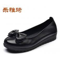 齐发娱乐官方网站_真皮时尚休闲女鞋低跟单鞋妈妈鞋中年女鞋x4A229