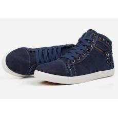 透气潮流板鞋布鞋时尚潮鞋子