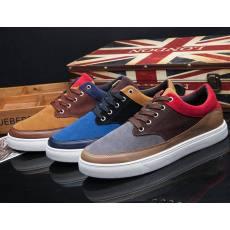 一件代发厂家直销休闲板鞋时尚潮流运动温州鞋子靴子
