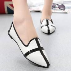 欧洲站新款黑白配尖头平底女单鞋