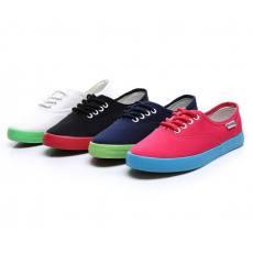 纯色低帮平底帆布鞋 B036