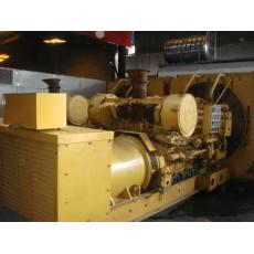 卡特1020kw 二手发电机组