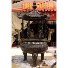 古宫铜香炉