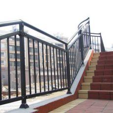 齐发娱乐_楼梯护栏