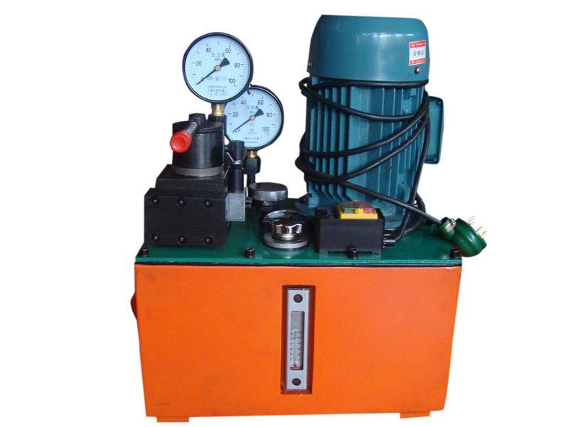 1049444716 油泵