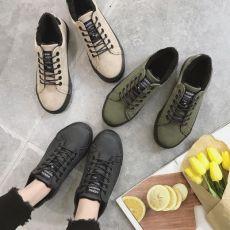 齐发娱乐_帆布鞋女士保暖加绒板鞋韩版复古学生休闲百搭棉鞋