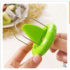 奇异果去皮器猕猴桃瓜果省力不伤手切割分离器易清洗水果挖瓤器