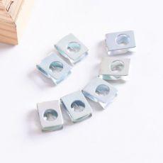 镀彩卡片式螺母铁皮面板插片螺帽卡扣异型螺母夹板螺帽